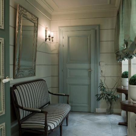 Rénovation des peintures d'un appartement parisien dans le 4ème arrondissement